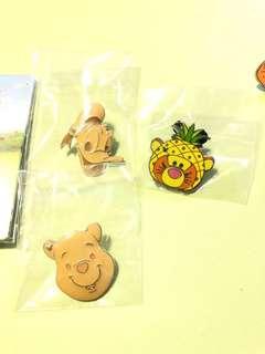 Disney pin game pin 迪士尼 徽章 襟章 pin trade Winnie the Pooh 跳跳虎 Donald duck
