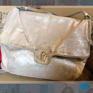 Juicy Couture Maude Shoulder Bag Almost Dusk (Metalic Silver)