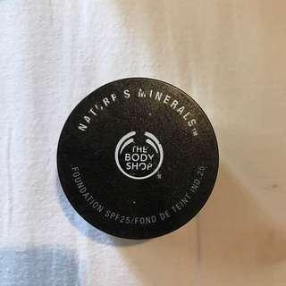 the body shop foundation bronzer