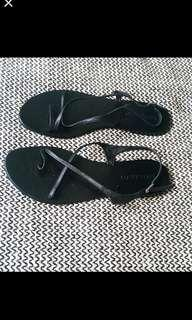 Witchery black sandals size 9