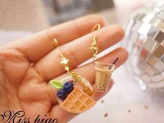[preorder] handmade breakfast theme waffle milk tea earrings