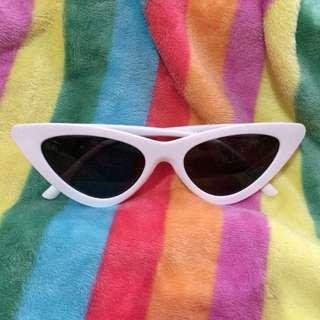 Kacamata 4