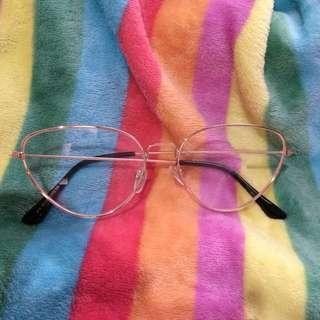 Kacamata 7