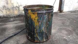 印刷廠油漆空鐵桶—古物舊貨、工業風用品收藏