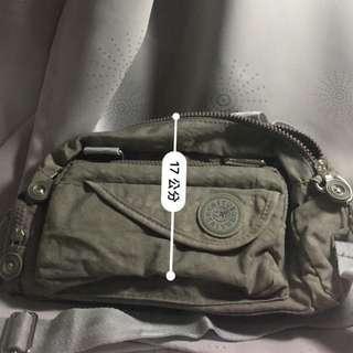 🚚 🛍包包#肩背包#側背包#鐵灰色