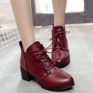 🚚 短筒女靴
