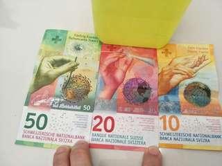 Swiss Franc : CHF 80
