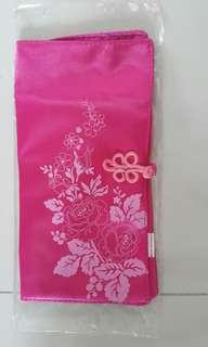 Giveaway Satin Pouch
