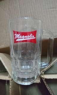 Magnolia Cups
