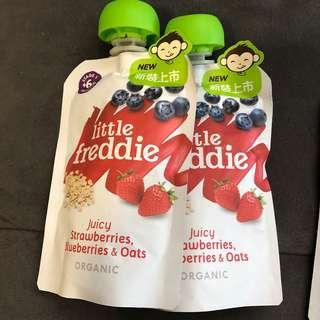 Little Freddie baby organic food strawberries, blueberries and oats