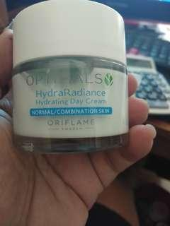 Optimals hydra hydrating day cream normal/kombinasi skin