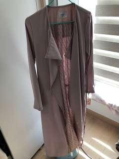eimy istoire 粉紅色長外套