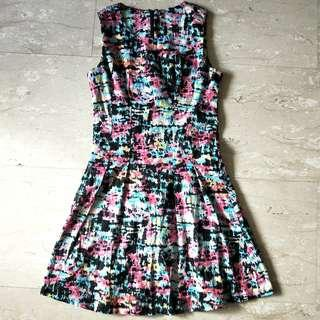 Colourful Dress, Size M, but fits S