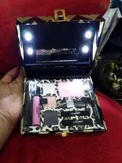 Exclusive Gift Box Makeup Set