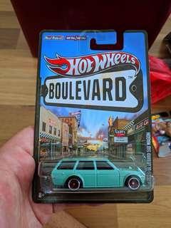 Hotwheels Datsun 510 Wagon Boulevard