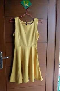 Bebe mustard dress