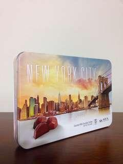 New York Empty Tin