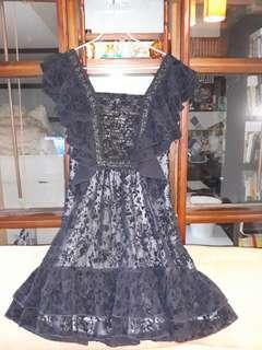 🚚 露背黑色禮服