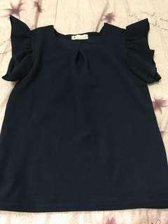 100韓國購回可愛造型袖上衣