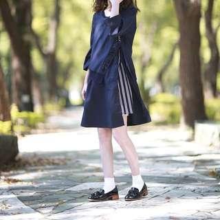 韓國 JUCY JUDY 設計 不對稱拼接 條紋 藏青色 和服式寬袖 七分袖連身裙