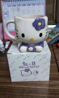 🚚 北海道銀之鐘kitty 紀念杯子