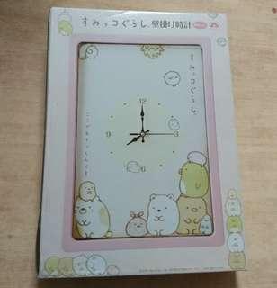 🚚 日本 SAN-X 角落生物 時鐘 掛鐘 粉紅色 方型