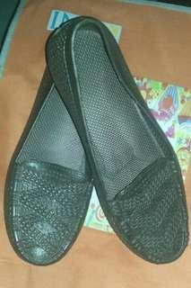 Sepatu santaiiii...