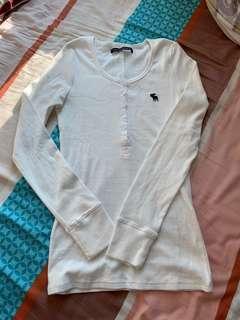 A&F白色純棉打底上衣全新