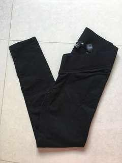 H&M Mama Black maternity Jeans BN