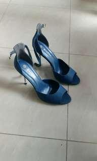 Zalora midnight blue heels