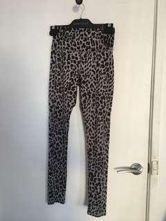 Cotton on leopard leggings