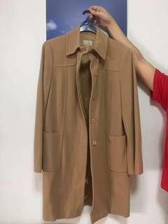 Woman's classic trenchcoat
