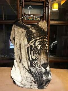🚚 老虎上衣