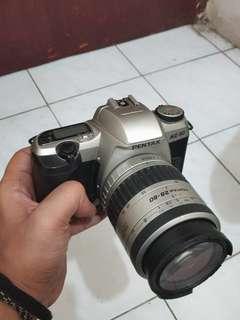 Kamera Analog Pentax & Lensa 28-80mm mulus