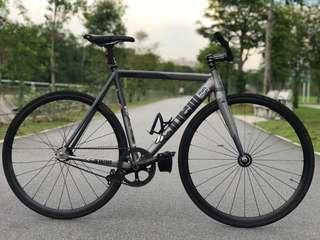 Cinelli bolt 2.0 Full Bike