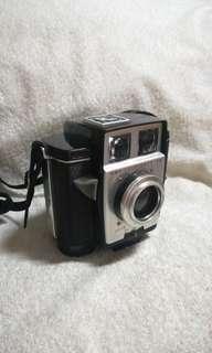Authentic Vintage Kodak Brownie Twin 20 Camera