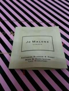 🚚 全新Jo malone杏桃花與蜂蜜潤膚乳7ml/公司貨/另有其他香水 潤膚霜 淋浴油 潔膚露可參考