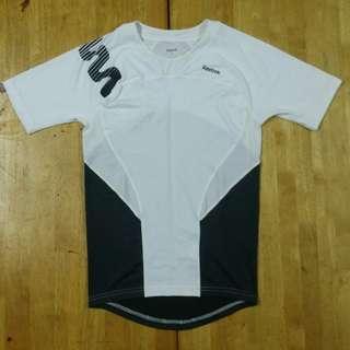 (L) Reebok Body Fit Training Shirt