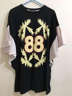 88粉紅黑色連身衫