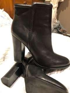 Wittner size 39 boots