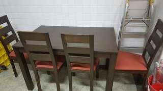 4 Seats Wooden Dining Table Set