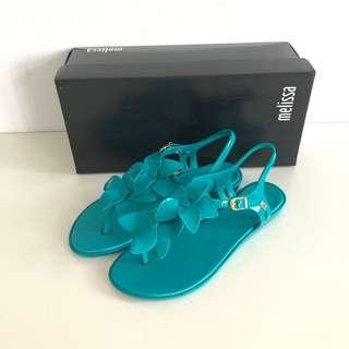 🚚 Melissa 香香鞋 巴西尺寸35(Mel 櫻花繽紛T字帶夾腳平底涼鞋-土耳其綠色)