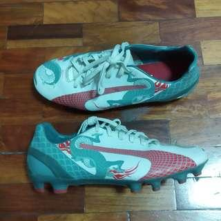 Puma Evospeed 1.3 Dragon Football Cleats Shoes Size UK 5