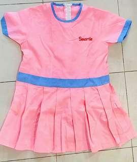 🚚 Smartie Cottage Play group 3yr Uniform