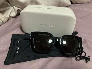 BN MARC JACOBS Sunglasses