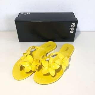 🚚 Melissa 香香鞋 巴西尺寸37(Mel 櫻花夾腳平底拖鞋-黃色)