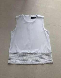 Dressenicole White Sleeveless Blouse