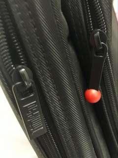 Laptop Bag. Hitam pekat, tebal. Anti air