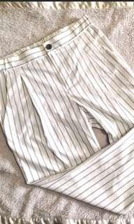 Uniqlo trouser white