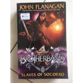 Flanagan, John - BROTHERBAND: SLAVES OF SCORPIO